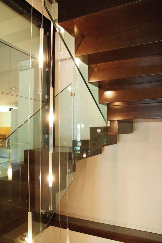 Materiali carpenteria metallica - Progetto scale interne ...
